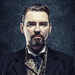Wesele gospodarz Krzysztof Zawadzki fot.Tomasz Szkodzinski profil