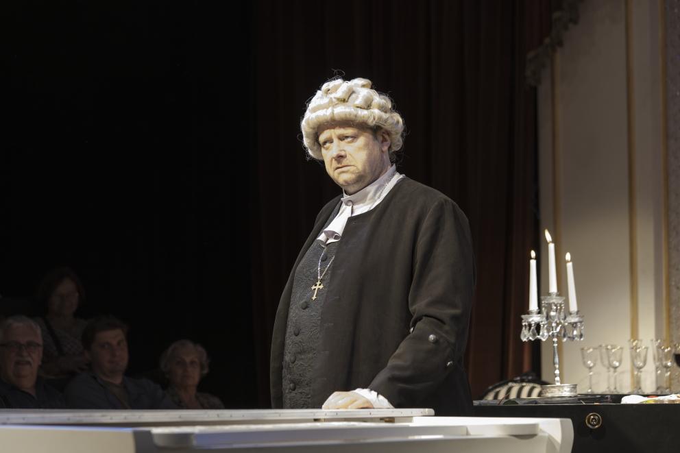 Olaf Lubaszenko jako Jan Sebastian Bach Kolacja na cztery rece fot2. Pawel Nowoslawski3